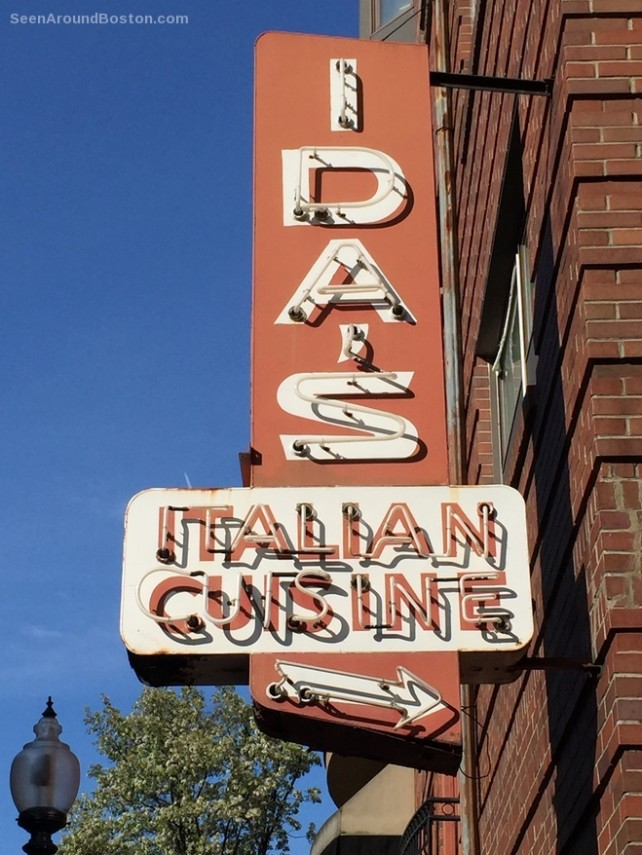 ida's italian cuisine sign north end boston