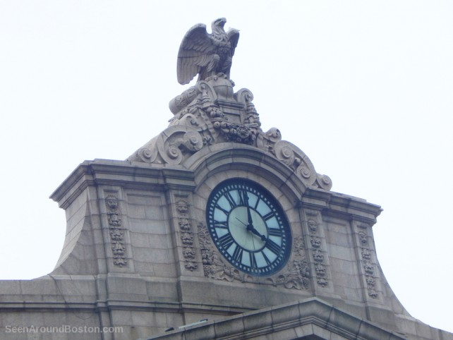 south station boston, eagle and clock